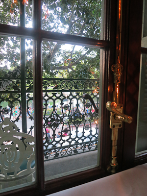 Love the wrought-iron balcony